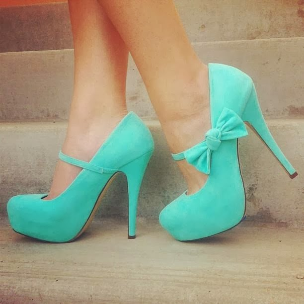 Adorable cute mint bow pump fashion trend