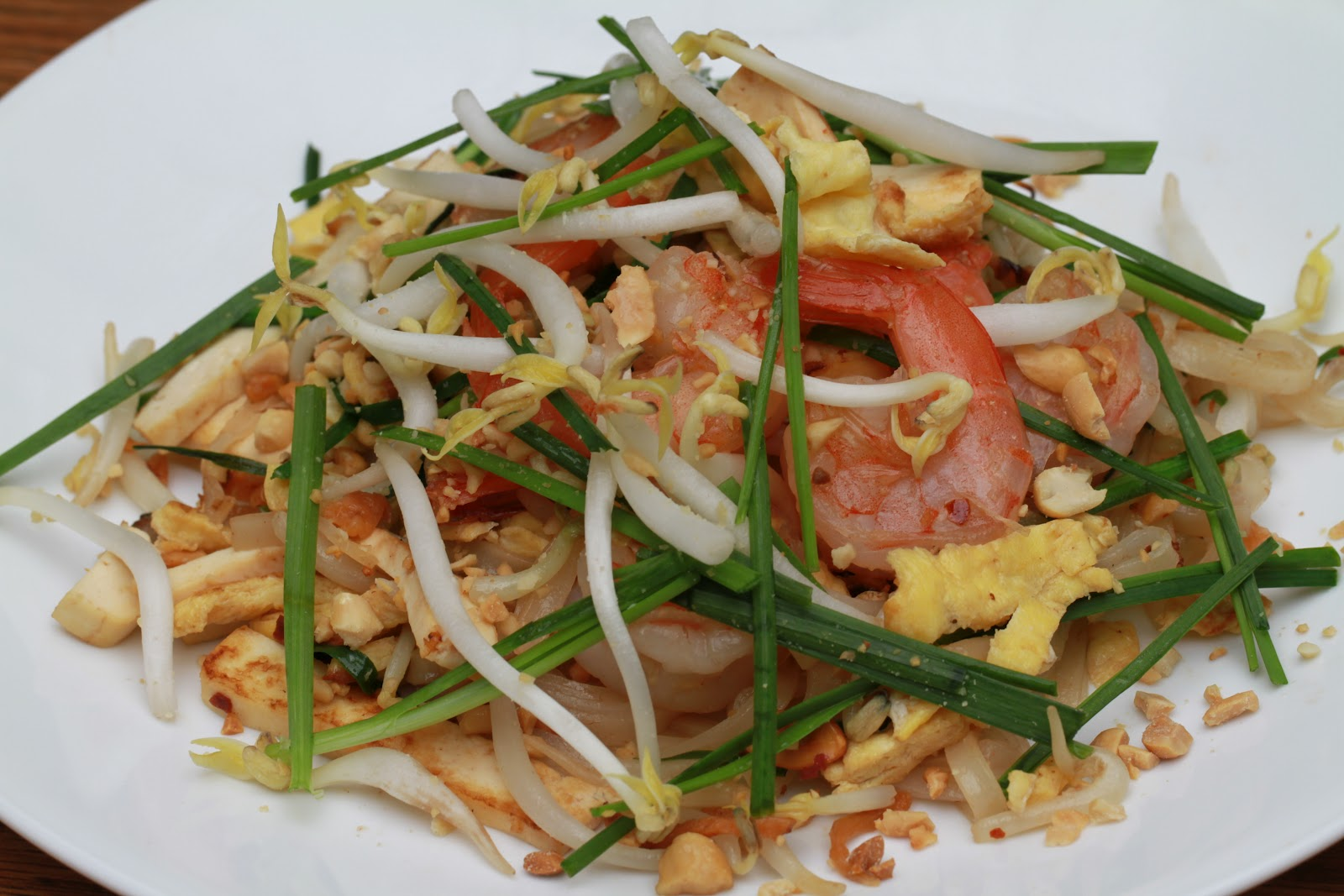 noodle thai how rice pad for to cook Style xao Thai Hu (Pho Pad  Thai Rice Noodles tieu xao) kieu Thai Lan