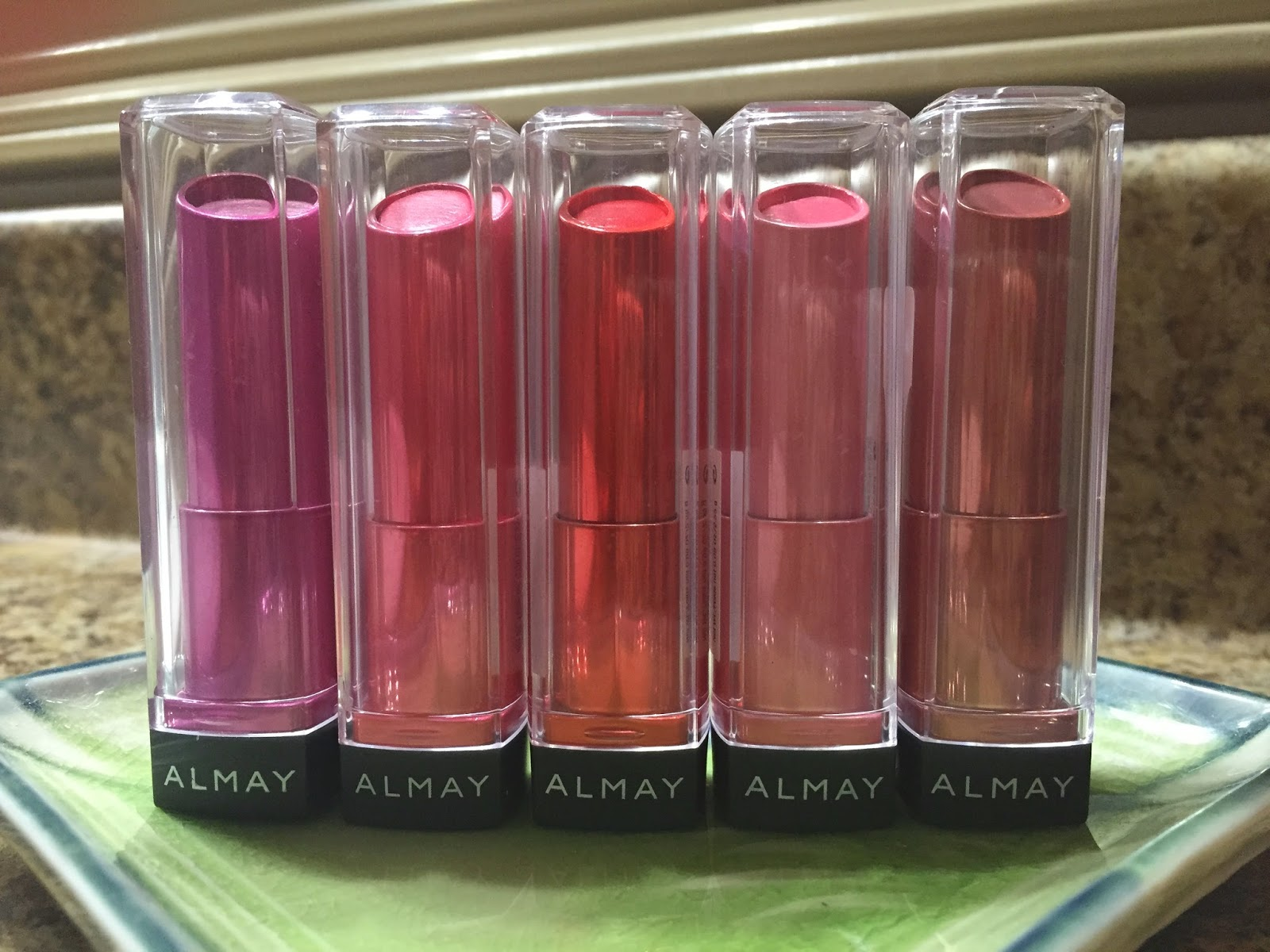 Almay Smart Shade Butter Kiss Lipstick