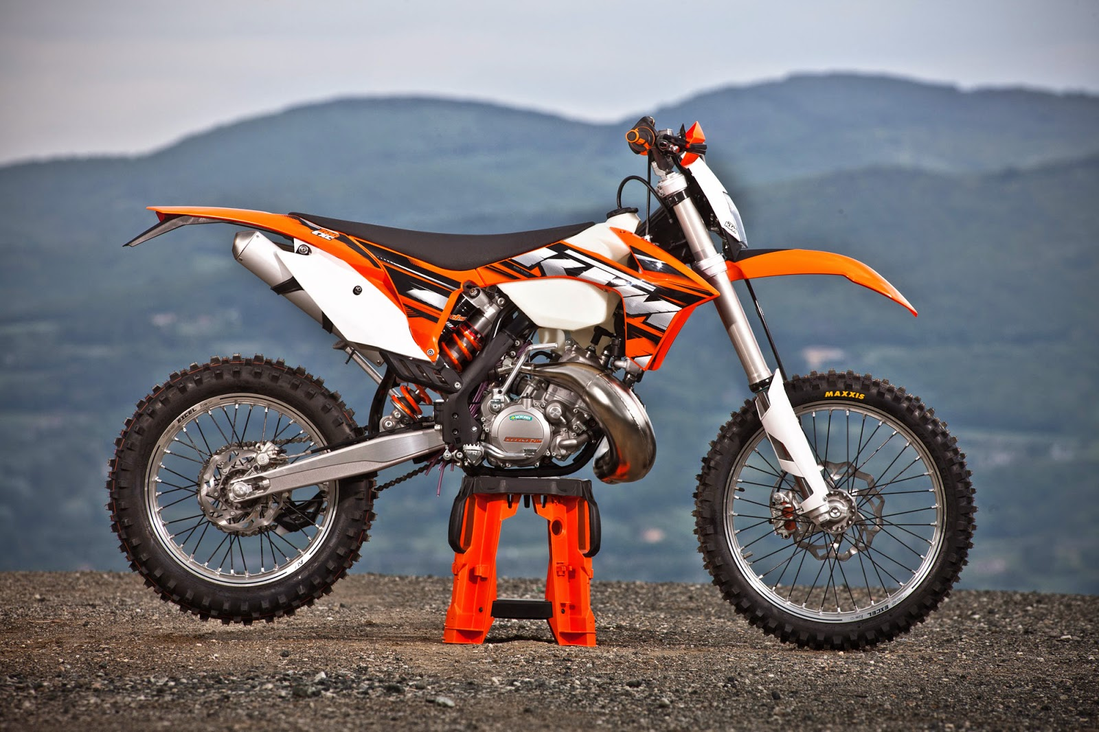 KTM 200 EXC new Bikes Wallpapers