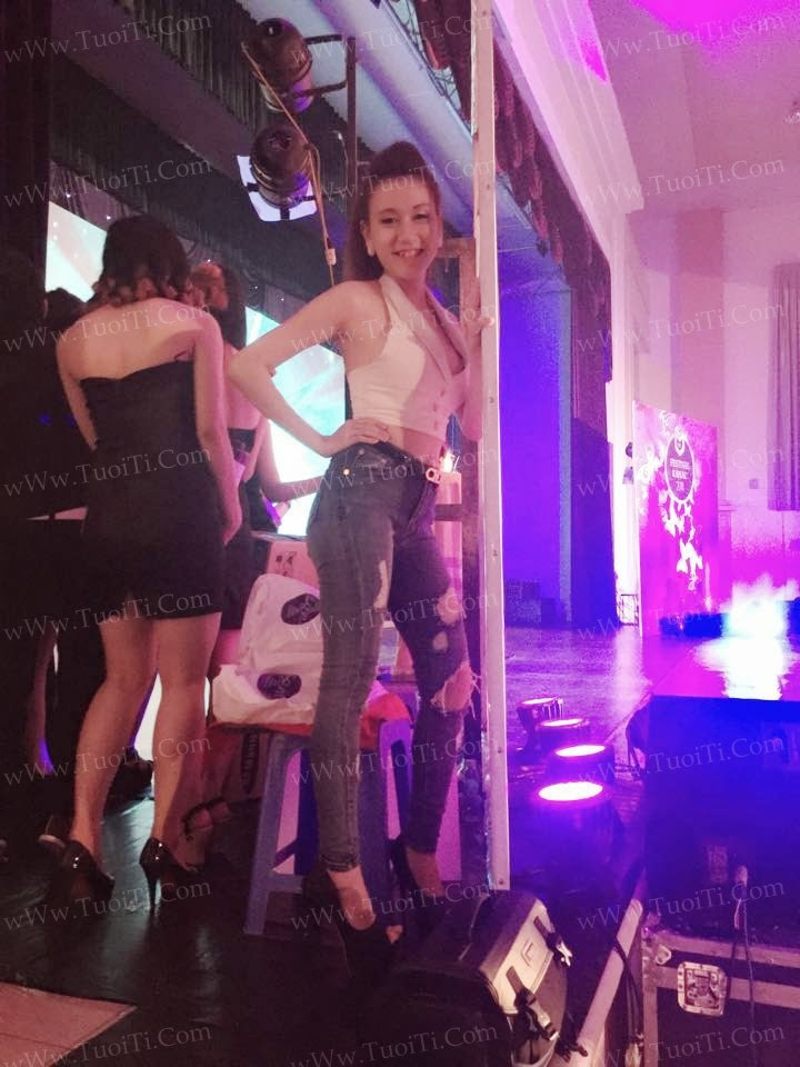gái xinh Thiên Trang Doly răng khểnh vú to 16