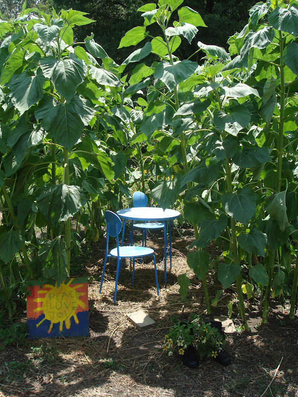 Love, Joy and Peas: Fun Ideas from the Children\'s Garden at the U.S. ...