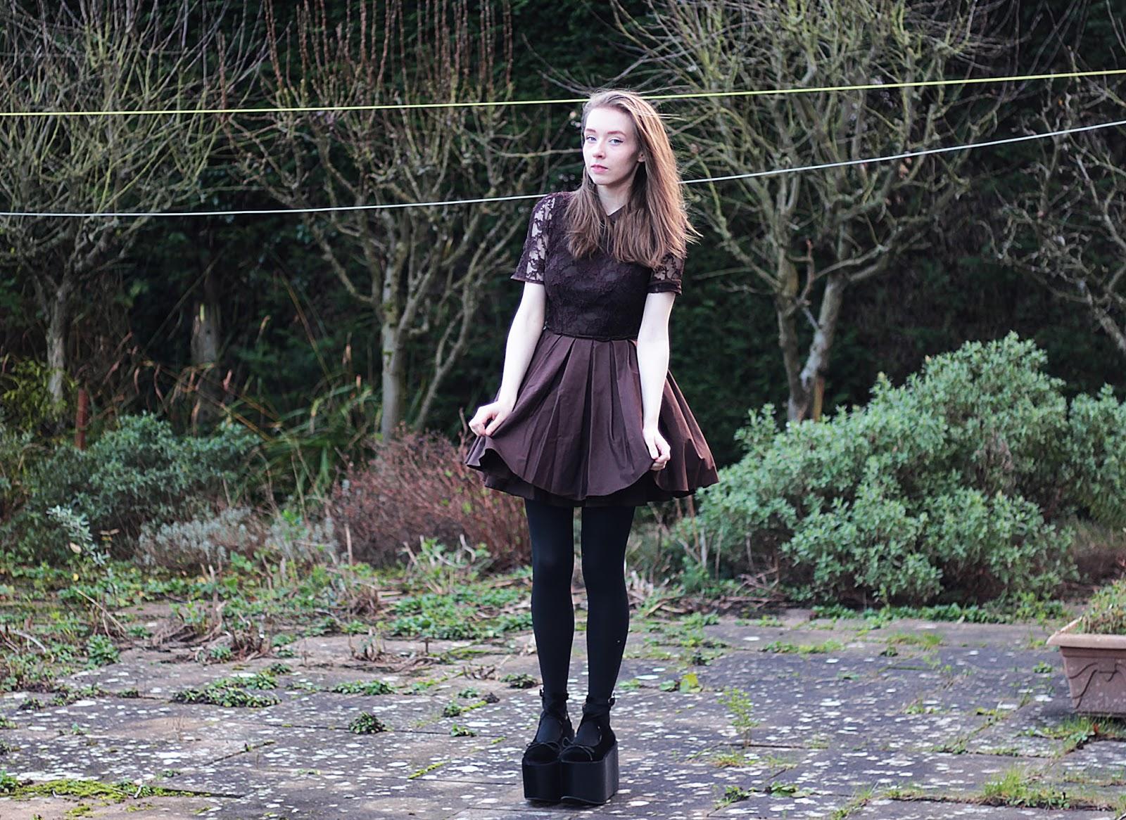 jones and jones dress cute party dress outfit inspiration
