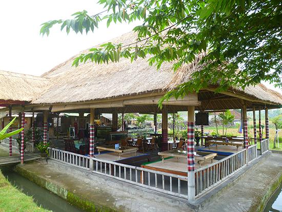 El restaurante y sus mesa japonesas