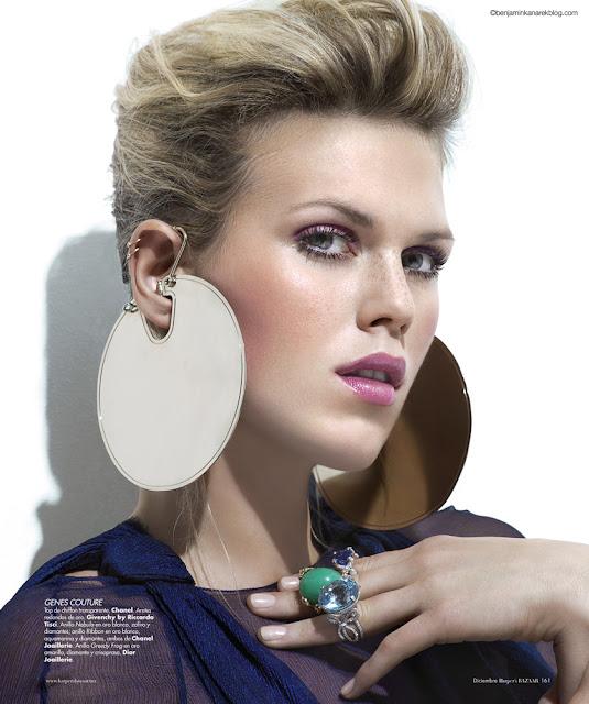 Model Alexandra Richards