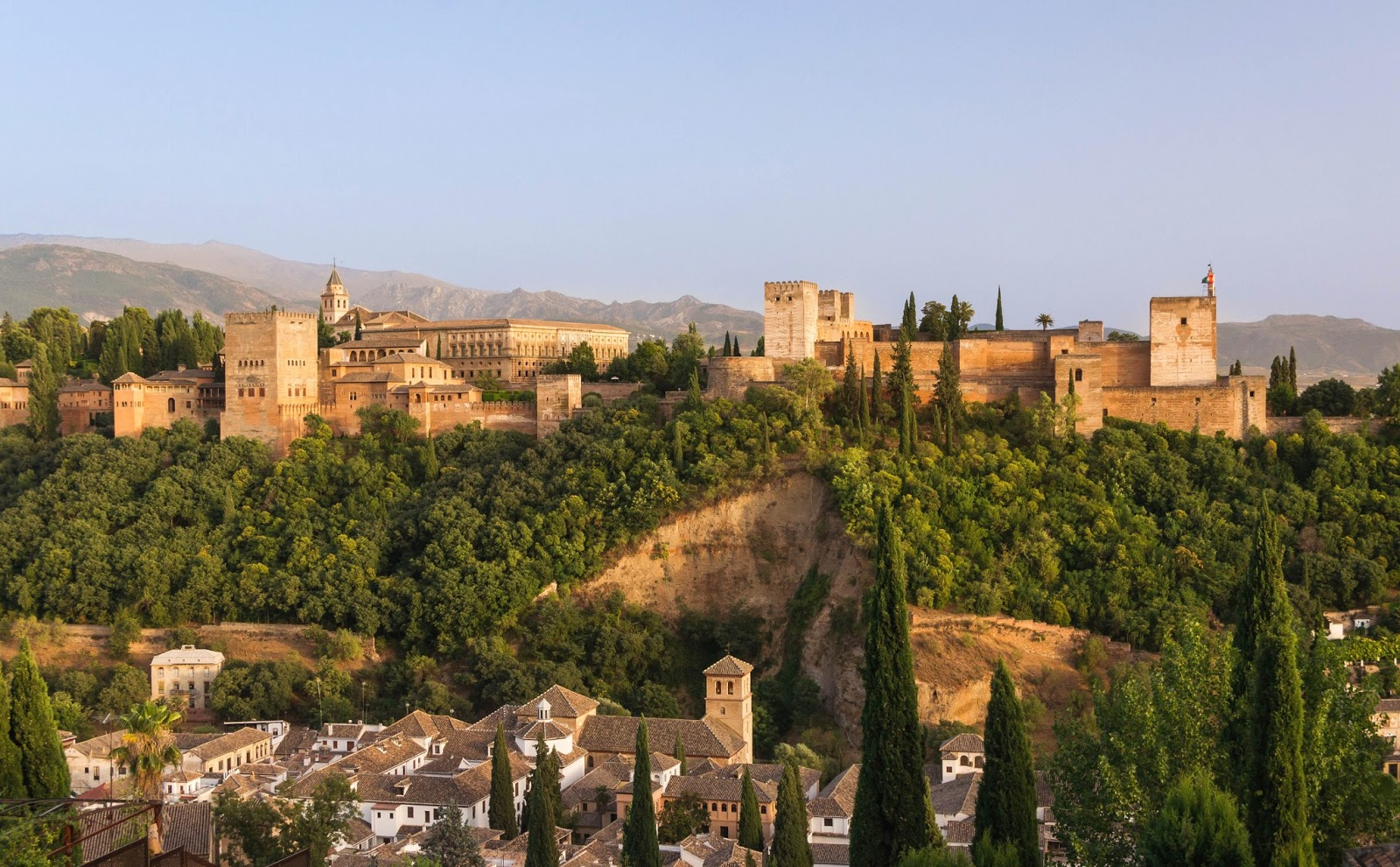 World Beautifull Places Alhambra Is A Historical Palace Images In Spain