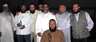"""الإفراج عن 15 عضواً ارهابيا بالجماعات الإسلامية والجهادية """"ليسوا ثوريين """" بعفو رئاسي!"""