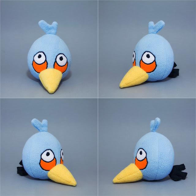 Angry Birds голубая