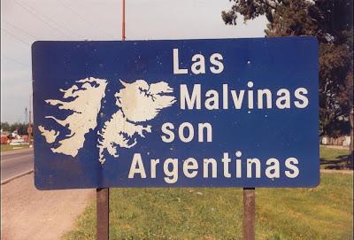 http://1.bp.blogspot.com/-Faf0KxDbCRM/TzY2gRtHDYI/AAAAAAAAEKw/8-HNZUhERaw/s1600/Las-Malvinas-son-Argentinas.jpg