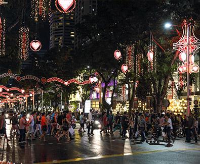suasana natal di singapore, libur natal dan tahun baru, natal di singapura, belanja di singapura, suasana natal di singapura, diskon belanja,orchard road, diskon besar-besaran, lampu-lampu natal