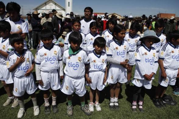 Real Madrid inaugura primera escuela de fútbol en la ... - photo#31
