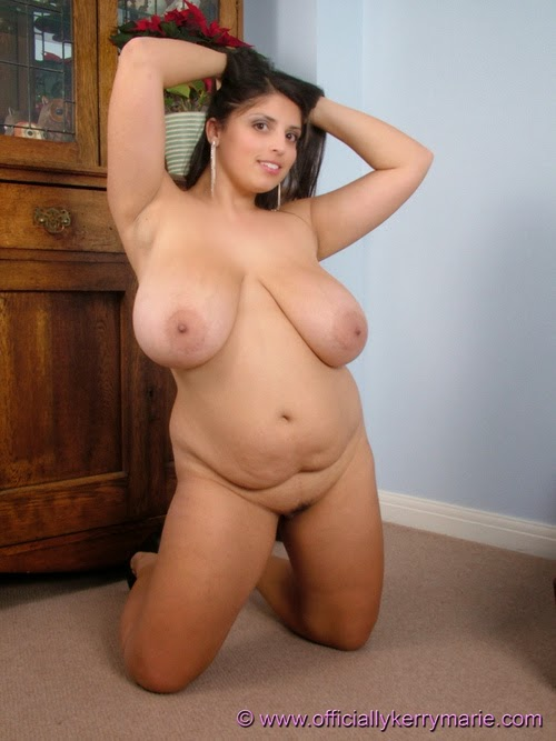 Suggest Curvy nude aunties video with