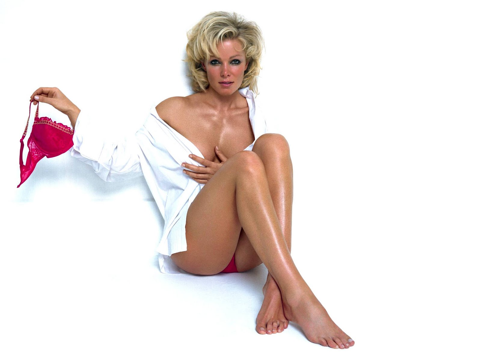 http://1.bp.blogspot.com/-FcClbSfIv4M/TXdcgT0yRpI/AAAAAAAABDw/UEa8Y6NfxIY/s1600/nell_mcAndrew_hot_actress_wallpapers_29.jpg