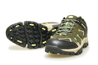 Sepatu Eiger W121