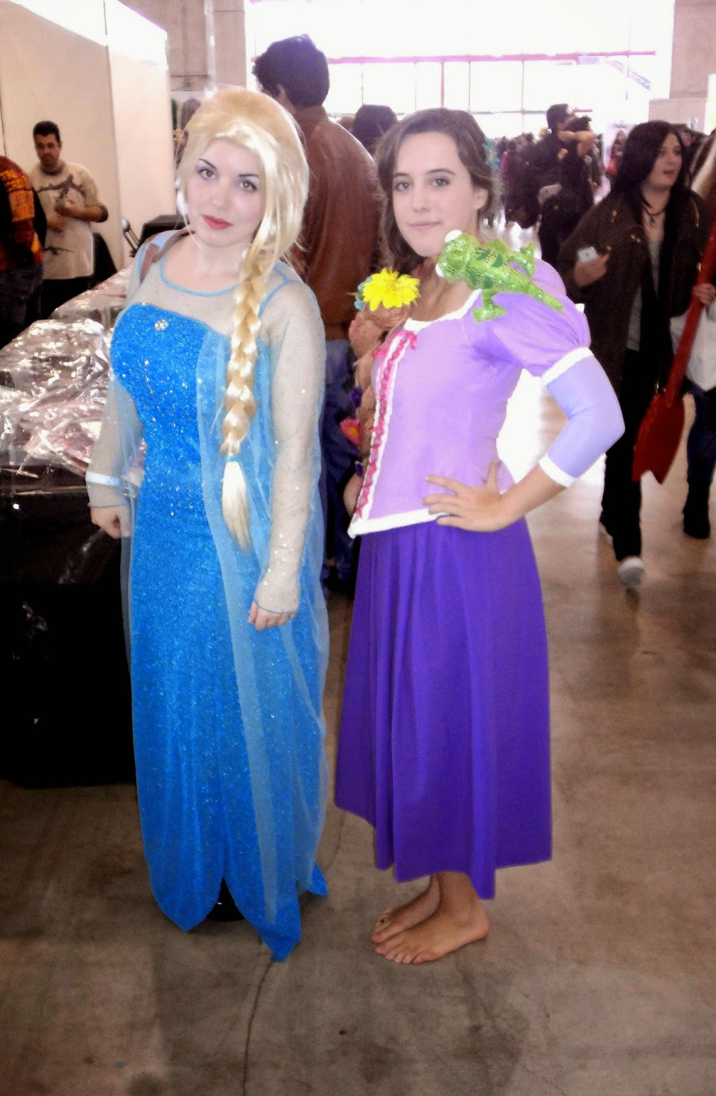 rapunzel elsa cosplay chibi japan weekend