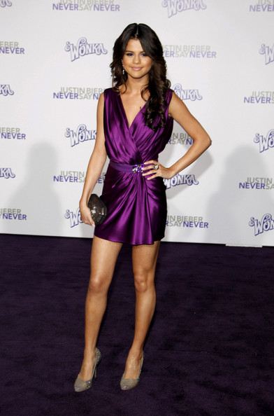 selena gomez at justin bieber movie premiere. Selena Gomez co-ordinated with