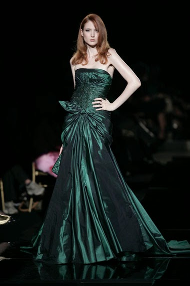 robe de soirée verte satin soie haute couture elie saab défilé printemps été robe de princesse