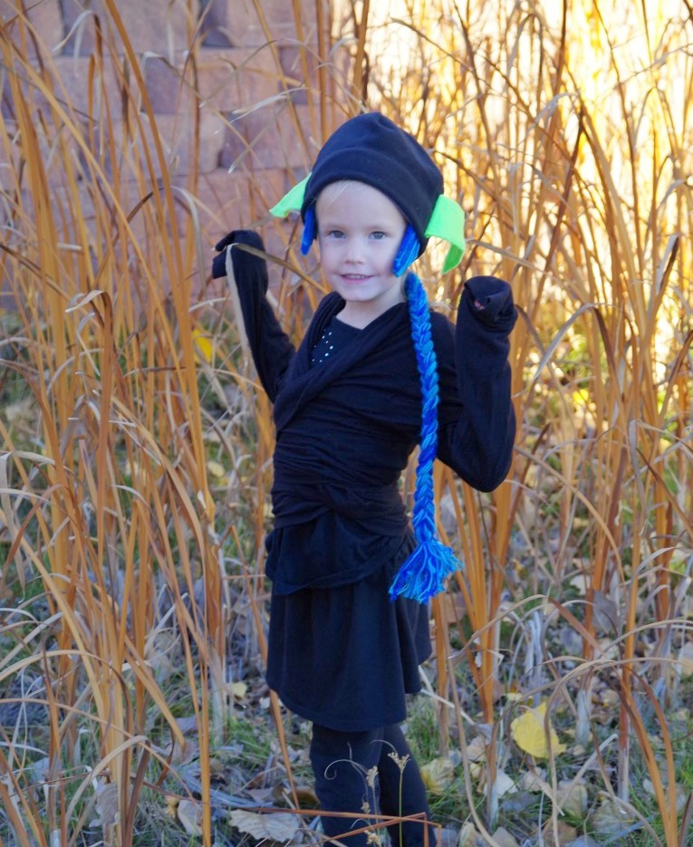I sewed some yarn on a black beanie for hair and then made some green elf ears out of felt. She wasnu0027t interested in any other accessories.  sc 1 st  the Princess and the Pea & the Princess and the Pea: Homemade Ninja Stealth Elf Halloween Costume