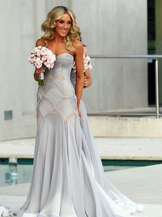 Convinced for J aton wedding dress