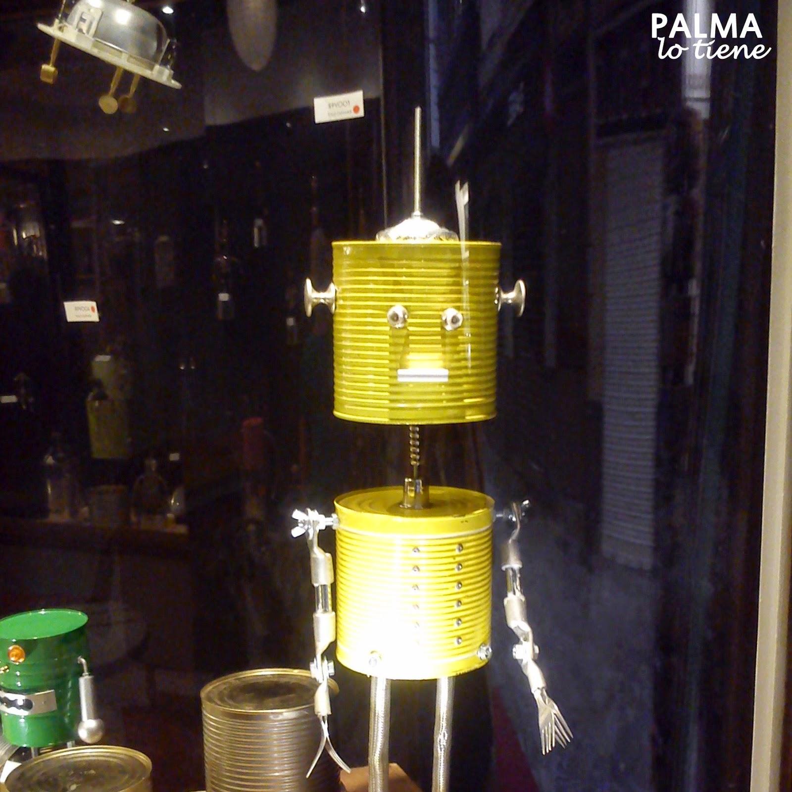 http://palmalotiene.blogspot.com.es/2014/09/retrobotics.html