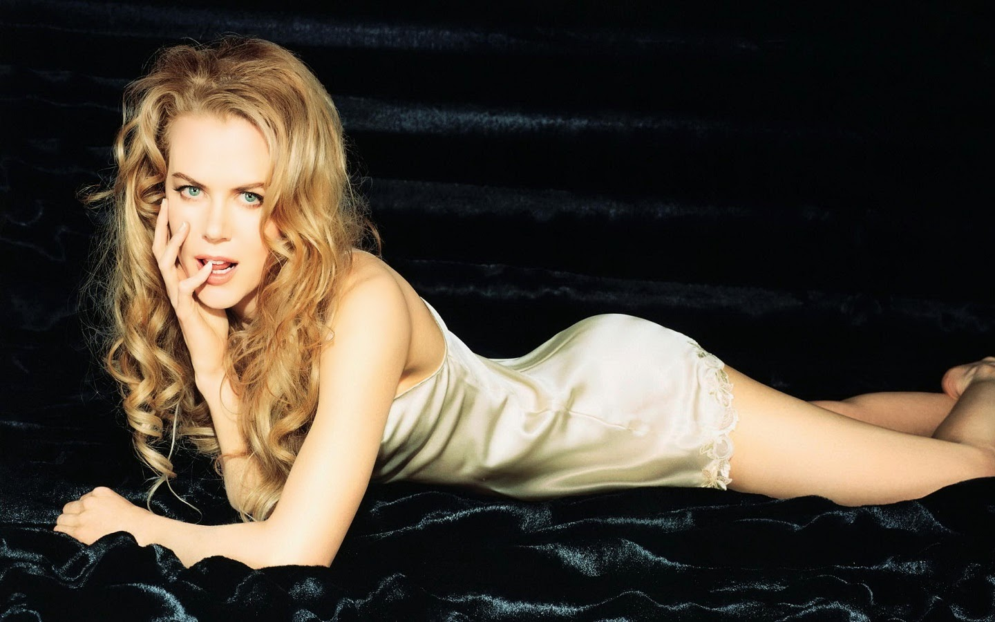 NICOLE KIDMAN_WALLSTOWN_IN_HOLLYWOOD ACTRESS_HOLLYWOOD CELEBRITIES