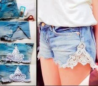 Customização de shorts jeans com renda