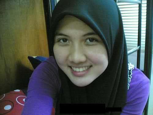 Cerita Sex - Memperkosa Ibu Muda Nakal Berjilbab