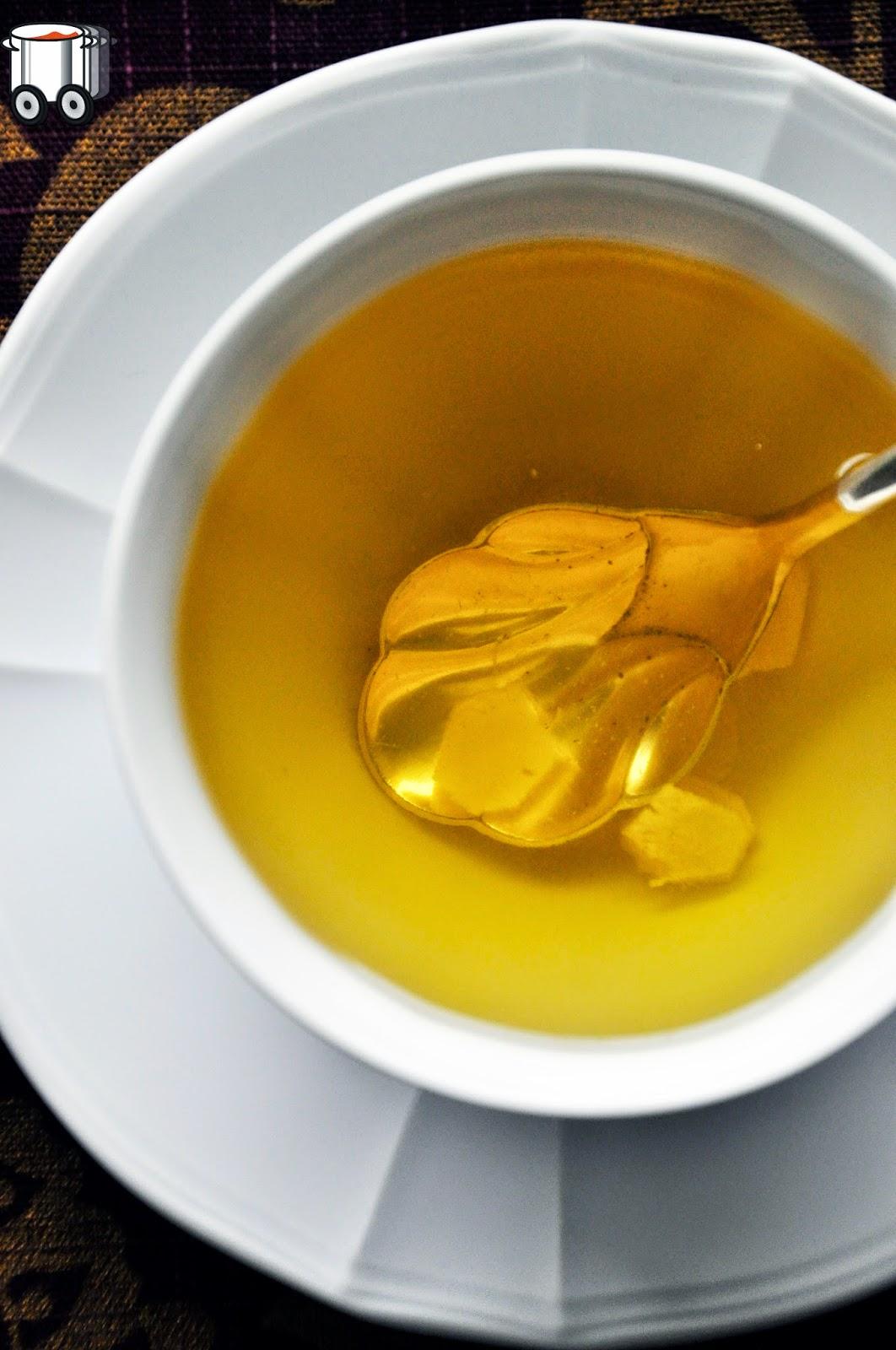 Szybko Tanio Smacznie - Rozgrzewająca herbata lipowa z  imbirem i konfiturą