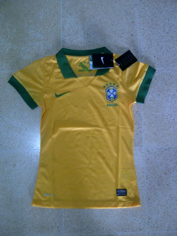 Jual Jersey Brazil Home Ladies 2014