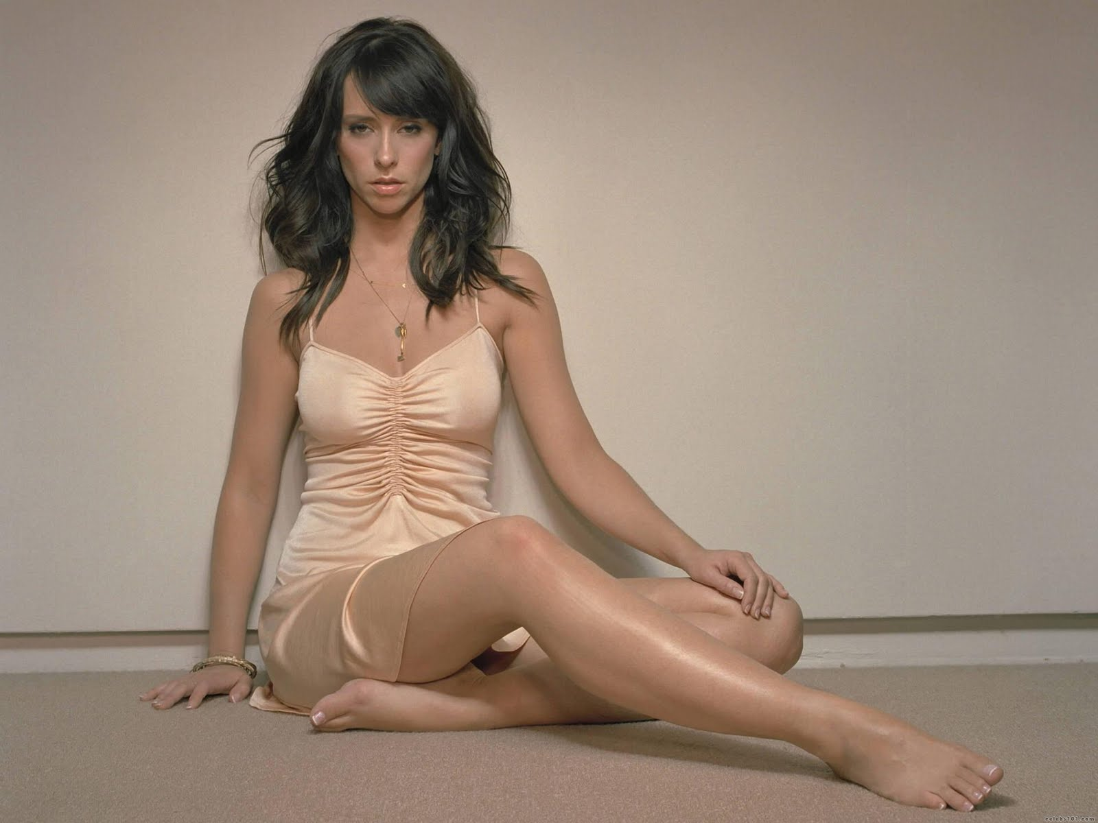 Wallpaper Love And Hot : best of the best: Latest pics of Jennifer Love Hewitt Wallpapers