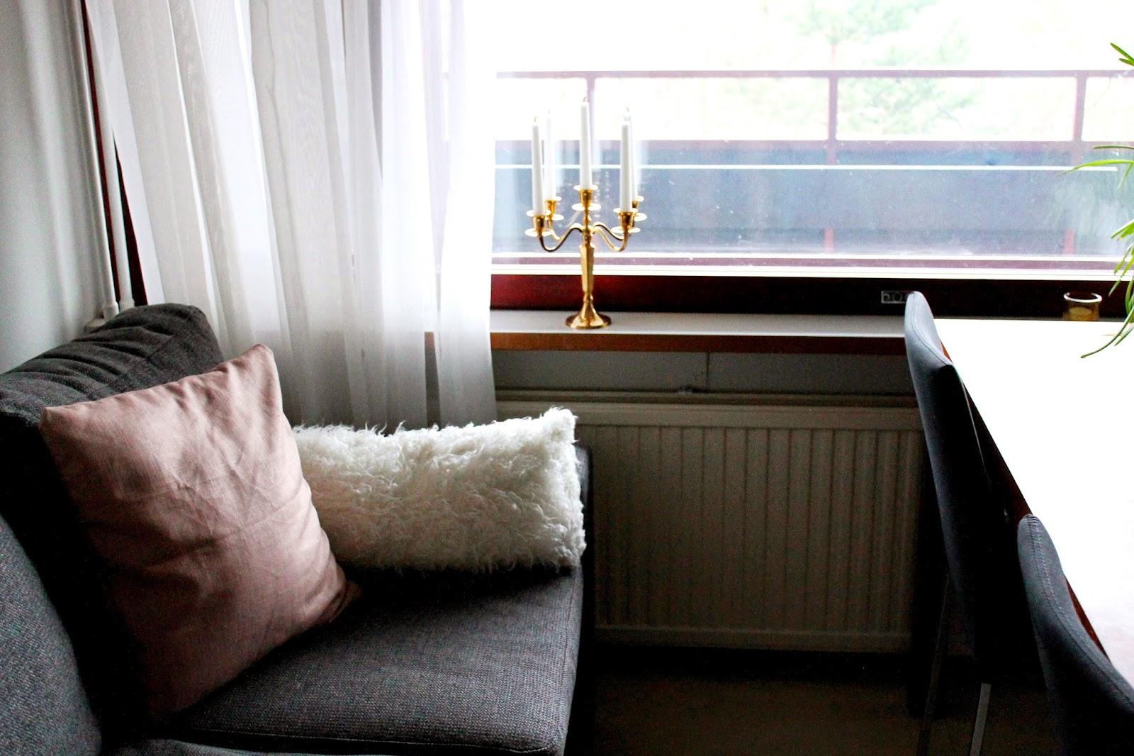 Cushions | Alinan kotona blog