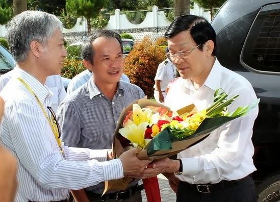 Chủ tịch nước Trương Tấn Sang biểu dương mô hình Bệnh viện Đại Học Y Dược HAGL