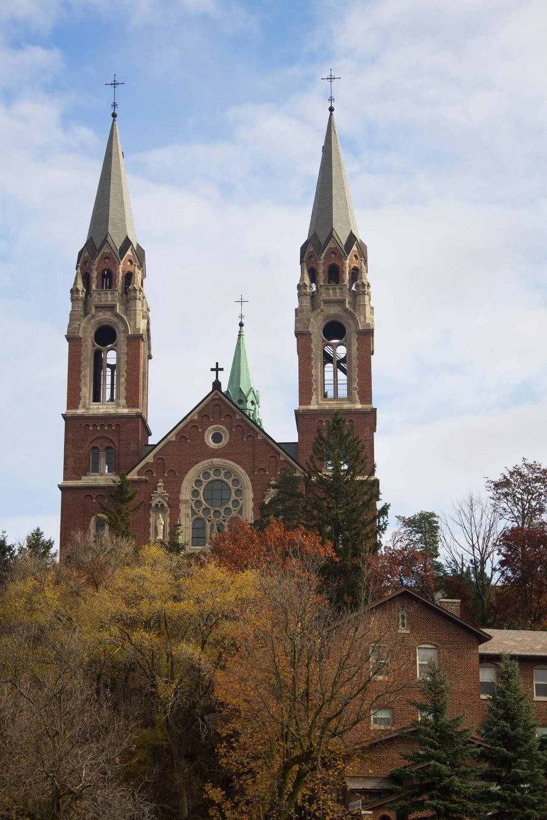 Midwestern City Girl: Meetup at Holy Hill