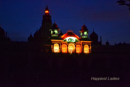 Mysore-Palace-+-Wonders-of-the-world