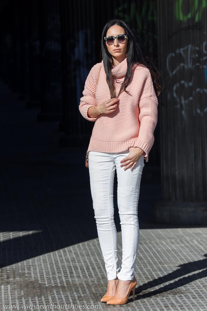 Blogger valenciana con estilo de moda y belleza adicta a los zapatos