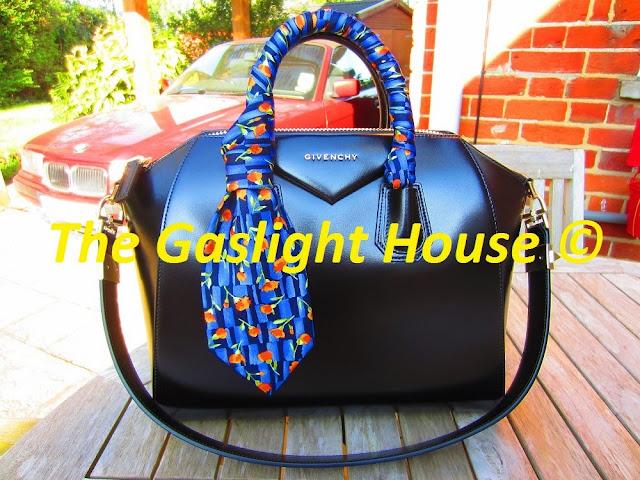 Givenchy Black Medium Antigona Tote blue tie