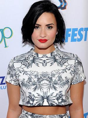 Demi Lovato Reacts to Former Costar Tiffany Thornton's Husband Chris Carney's Death: 'Still Speechless'
