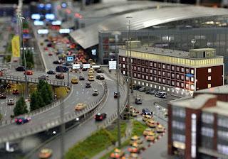 Unik : Miniatur Bandara Terbesar Di Dunia Part. 1