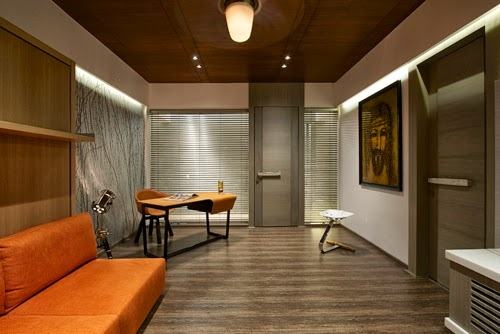 South Mumbai Luxury  Apartment by ZZArchitects