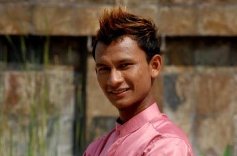 Black - Dewi Aleeya MP3