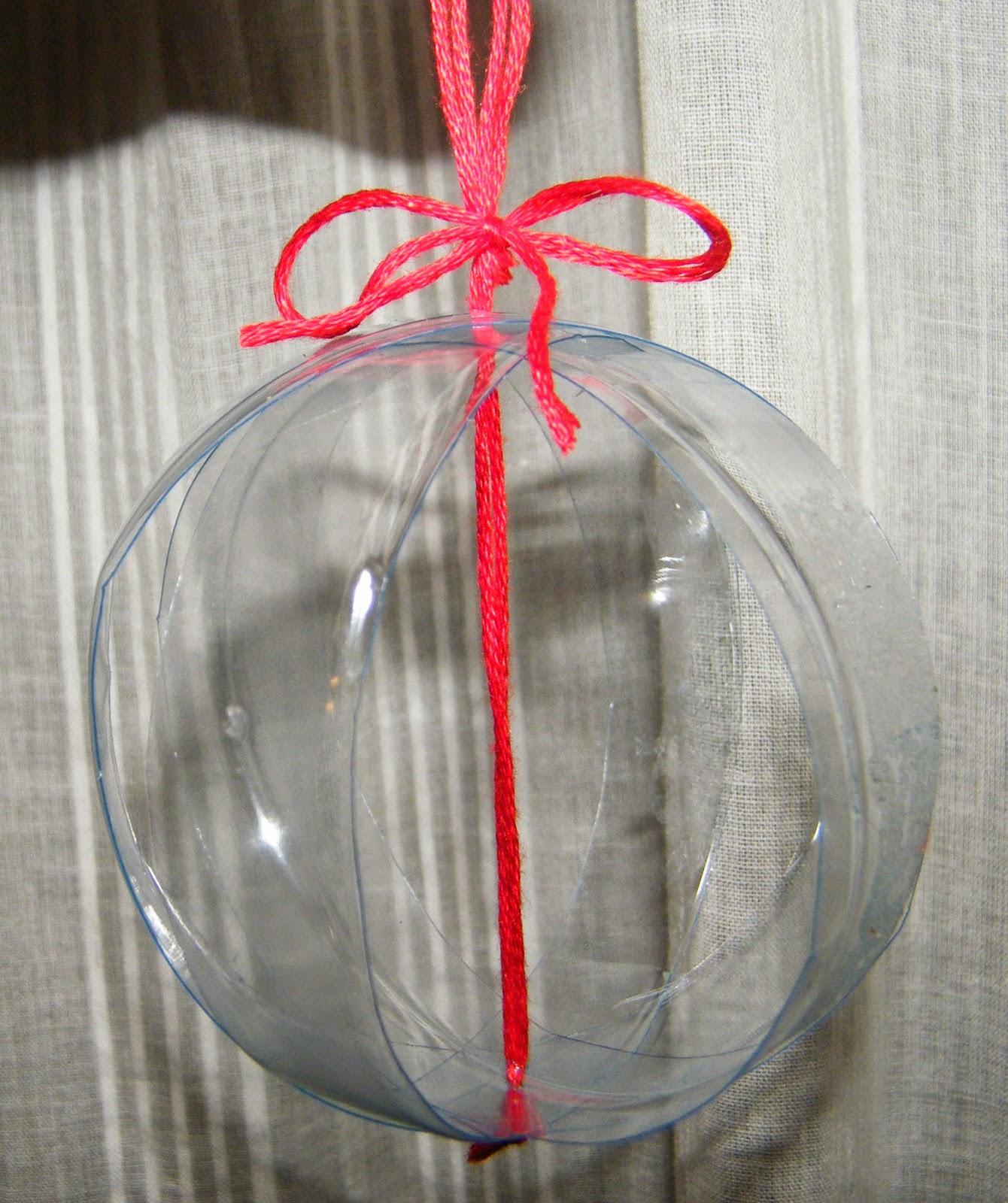 http://www.pensierieprofumi.blogspot.it/2012/11/decorazioni-di-natale-fai-da-te-tutto.html