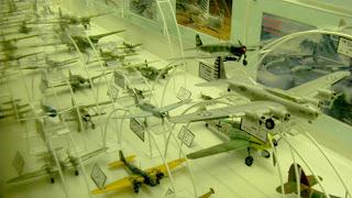 飛行機プラモデル