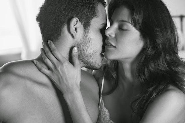 25 cosas molestas que hacen los hombres en la cama