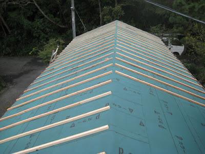 横浜市港北区 瓦屋根リフォーム ルーフィング 木材 垂木