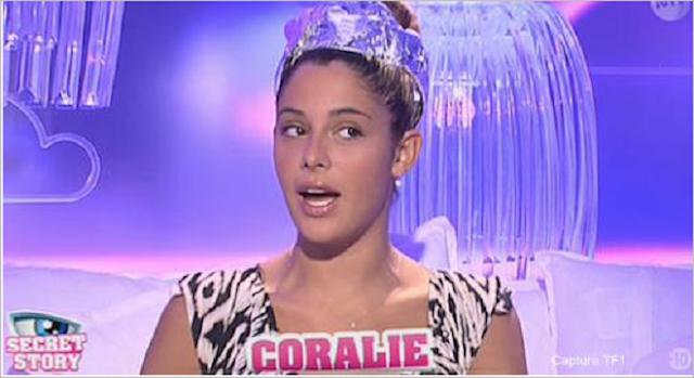http://fr.blastingnews.com/showbiz-et-tv/2015/10/secret-story-9-coralie-elimine-mechamment-emilie-du-deja-vu-00601503.html