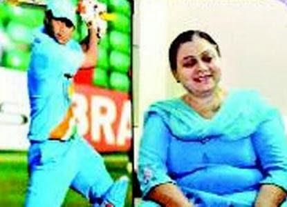Virat Kohli Family Photos || Father, Mother, Brother, Girlfriend & Sister!!!