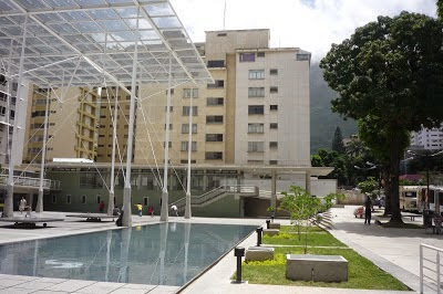 + Una plaza 2.0