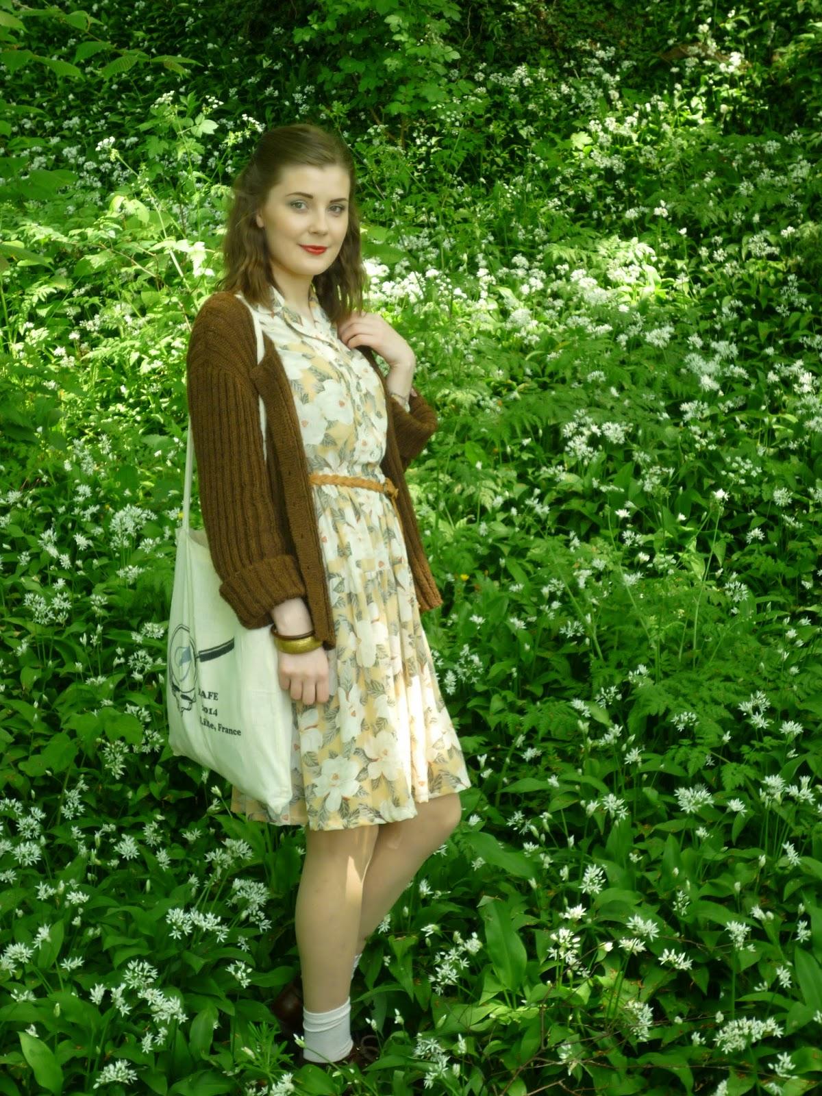vintage outfit via lovebirds vintage