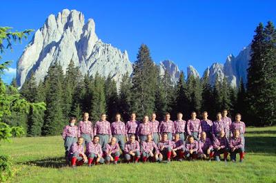 Coro Sasslong - La Montanara