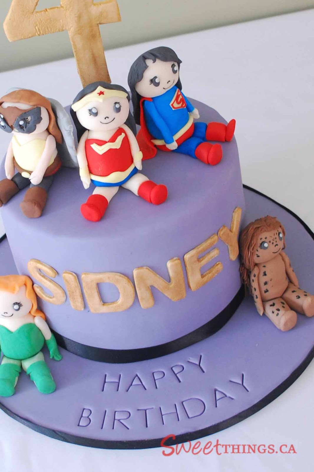 SweetThings: Girls  Superhero Cake